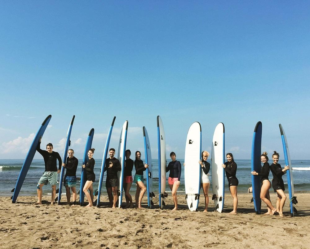 Bali szörfözés